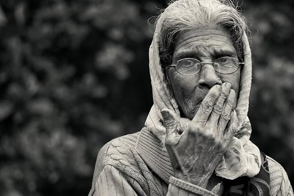 Как пережить смерть бабушки?