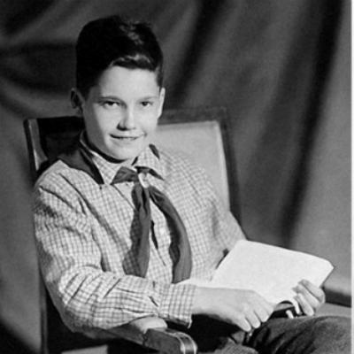 Эльдар Рязанов в детстве.