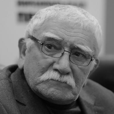 Фото Джигарханян                                                                                  Армен                                                                                  Борисович